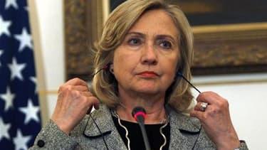 La secrétaire américaine d'Etat Hillary Clinton. Les Etats-Unis souhaitent une participation active des pays arabes à toute nouvelle initiative de l'Onu en Libye. /Photo prise le 15 mars 2011/REUTERS/Amr Abdallah Dalsh
