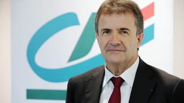 L'entité cotée, Crédit Agricole SA, va céder cet été ses parts dans les 39 caisses régionales du groupe pour un montant de 18 milliards d'euros.