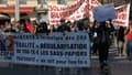 Plus de 500 personnes ont manifesté samedi après-midi pour demander la régularisation des sans-papiers.
