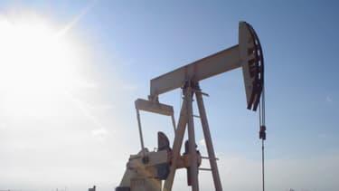 La chute des cours du pétrole malmène les groupes pétroliers