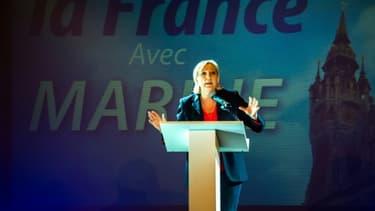 Marine Le Pen en meeting à Calais 8 juin 2017