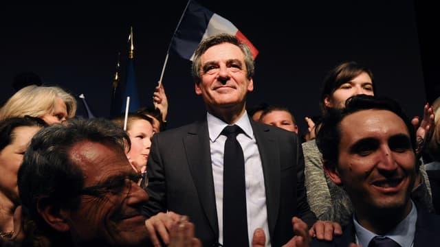 François Fillon lors de son meeting à Pertuis, dans le sud de la France, le 15 mars 2017.