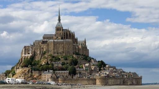 Le Mont Saint-Michel, situé dans le département de la Manche, en Basse-Normandie.