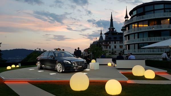 En attendant le palais du maharadjah pour notre tapis volant, on se contente du palace suisse au coucher de soleil.