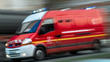 Un camion de pompiers - Image d'illustration