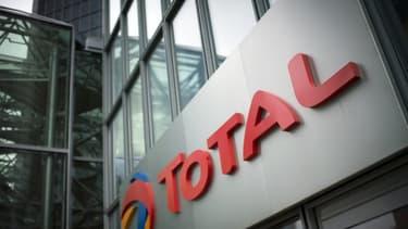 Total compte plus de 900 filiales dans le monde