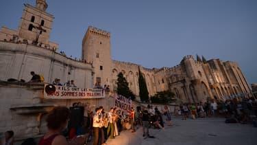Manifestation d'intermittents, en juillet 2014, lors du festival d' Avignon
