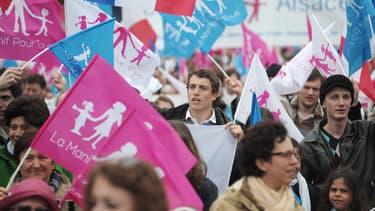 Un millier de personnes ont manifesté ce samedi à Strasbourg contre le mariage homosexuel.