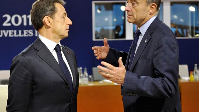 Selon un sondage LH2 - Le Nouvel Observateur, Alain Juppé passe pour la première fois devant Nicolas Sarkozy dans les intentions de vote pour la primaire UMP en vue de 2017.