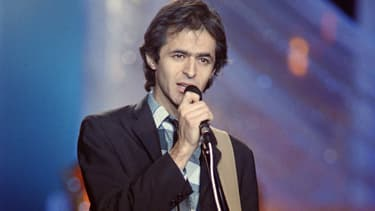 """Jean-Jacques Goldman lors de l'émission """"Champs-ELysées"""", le 14 décembre 1988"""