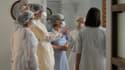 Des soignant de l'hôpital de Tours (photo d'illustration)
