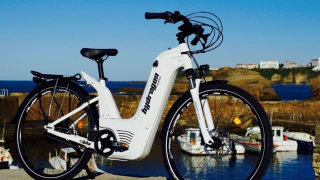 Pragma Industries est la PME basée à Biarritz qui a conçu les vélos électriques à hydrogène, livrés en Normandie.