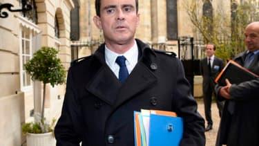 """Manuel Valls estime que les revendications du patronat ne doivent pas être """"un prétexte à l'inaction"""" sur le pacte."""