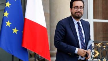 Mounir Mahjoubi veut répondre aux difficultés des start-up.