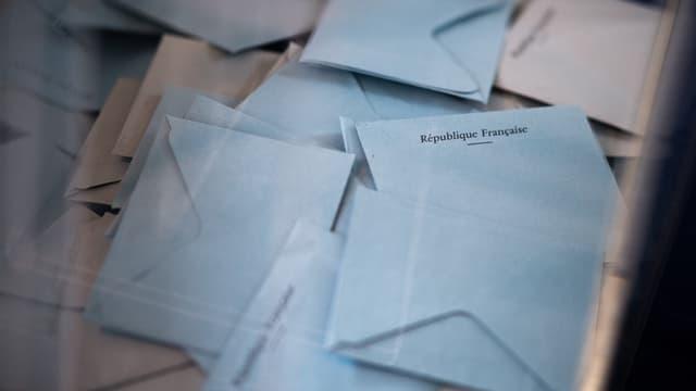 Des bulletins de vote, à Angers, dimanche 20 juin 2021 (illustration)