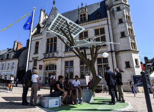Le premier eTree européen a été installée place Carnot à Nevers.