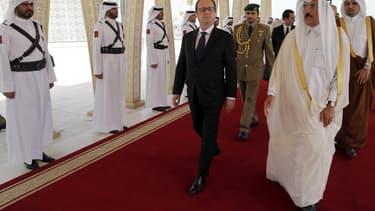 François Hollande s'est rendu au Qatar afin d'y signer le contrat de vente de 24 Rafale.