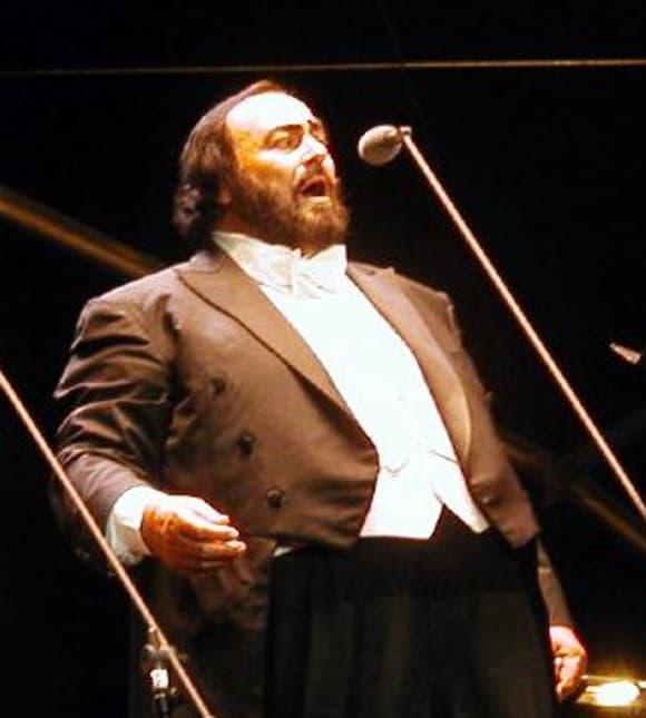 Luciano Pavarotti en 2002 à Marseille