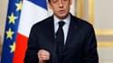 """Nicolas Sarkozy a annoncé mercredi des mesures d'urgence consensuelles contre la montée du chômage et évité un affrontement avec les syndicats en reportant à fin janvier des décisions sur des sujets controversés comme la """"TVA sociale"""". Quelque 430 million"""