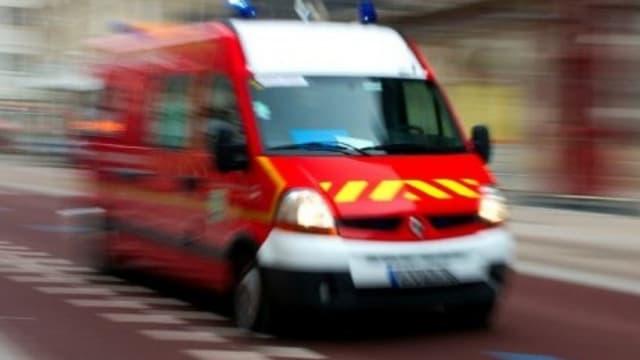 Un camion de pompier (illustration)