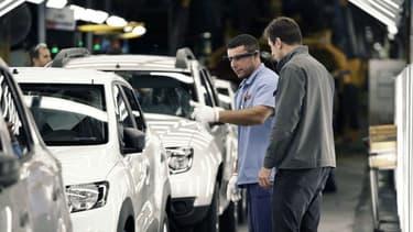 Une ligne d'assemblage de l'usine Renault de Curitiba au Brésil.