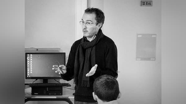 Samuel Paty en classe, le 19 décembre 2019