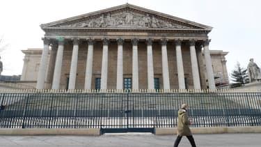 L'assemblée nationale a adopté le budget de crise du gouvernement