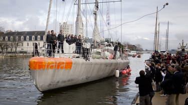 Le voilier d'exploration Tara arrive à Lorient, samedi 22 novembre 2014, après une expédition de sept mois en Méditerranée.