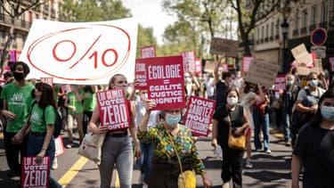 56.000 personnes, selon les organisateurs, ont manifesté à l'occasion de la marche pour le climat ce dimanche à Paris.