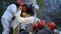 Opération de sauvetage de Mohammed, 8 ans, coincé dans un bloc de béton, le 2 avril à Roubaix.