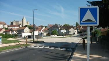 Un ralentisseur sur la N209, vers Moulins
