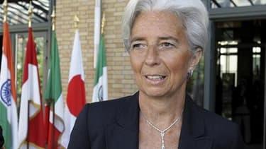 La décision d'ouvrir ou non une enquête judiciaire visant la ministre française de l'Economie Christine Lagarde pour son rôle dans un arbitrage rendu en faveur de l'homme d'affaires Bernard Tapie pourrait être prise le 10 juin, selon une source judiciaire