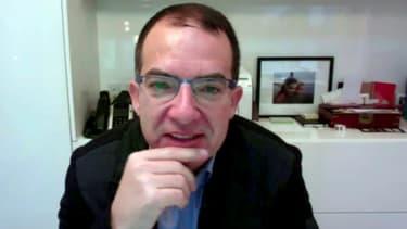 Stéphane Bancel, le PDG de la société de biotechnologie Moderna, lors d'une interview en ligne avec l'AFP, le 17 novembre 2020 à Washington