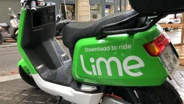 La mairie de Paris prend des précautions pour éviter une guerre des scooters en libre-service