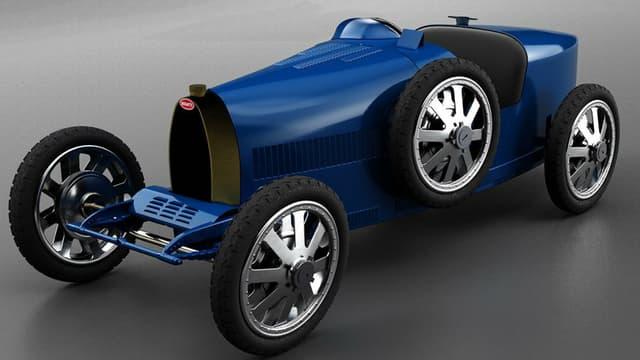 La Bugatti Baby II, ou la réplique d'une réplique de voiture de sport des années 20.