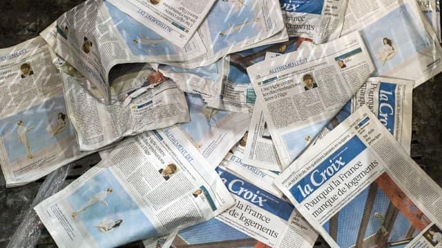 """Le quotidien """"La Croix"""", édité par le groupe Bayard, sera épaulé par un hebdomadaire dès l'automne 2018. (image d'illustration)"""