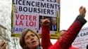 Des centaines de manifestants ont réclamé une loi interdiasant les licenciements boursiers, mardi 29 janvier.