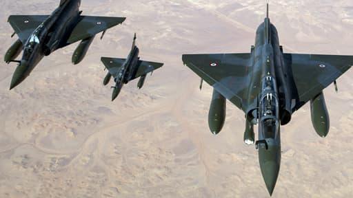 L'heure de vol d'un Mirage 2000 est estimé à 11 700 euros