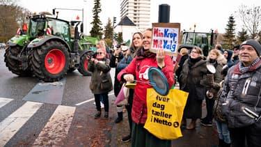 Manifestation contre la décision d'abattre les millions de visons - 14 novembre 2020 -