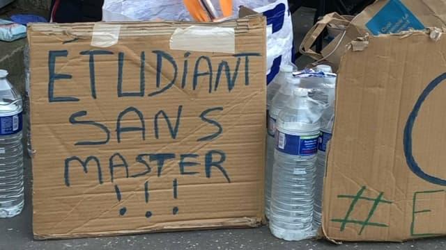 Lyon: une des deux étudiantes en grève de la faim, hospitalisée