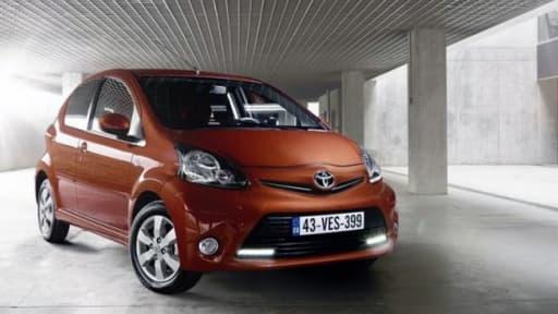 Certaines citadines, comme la 107 de Peugeot, la C1 de Citroen, ou l'Aygo de Toyota (photo), n'existent plus qu'en motorisation essence.