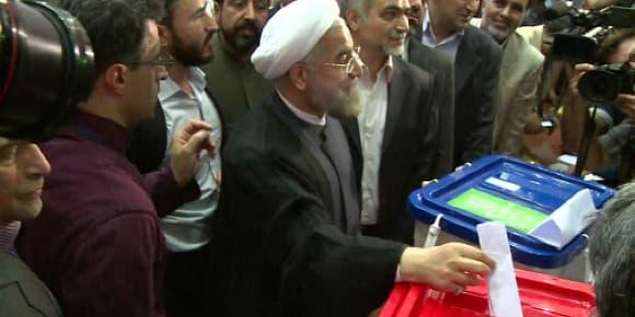 Hassan Rohani, votant le 15 juin.