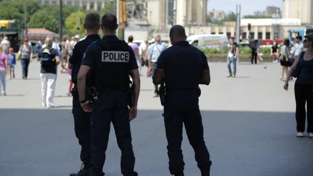 Des policiers à Paris (photo d'illustration).