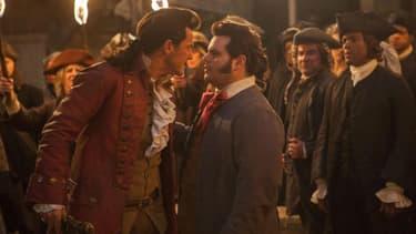 """Luke Evans et Josh Gad dans """"La Belle et la Bête"""""""