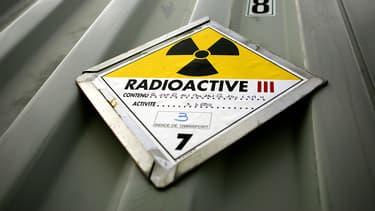 Signe d'activité radioactive. (illustration)