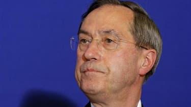 De nouvelles déclarations du ministre de l'Intérieur français Claude Guéant critiquant l'intégration des immigrés ont provoqué mercredi une passe d'armes avec l'opposition de gauche à l'Assemblée nationale. Dans une ambiance tumultueuse, le ministre a cit