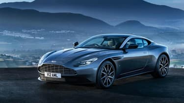 Enfin, elle se montre. L'Aston Martin DB11 sera l'une des stars de Genève et d'après les clichés volés, c'est une réussite visuelle.