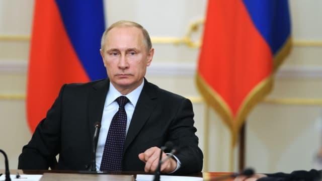 """Si nécessaire, la Russie peut redéployer ses avions en Syrie """"en quelques heures"""", prévient Poutine - jeudi 17 mars 2016"""