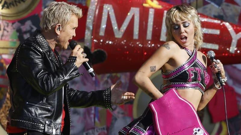 Miley Cyrus invite Joan Jett et Billy Idol sur scène pour son concert pré-Super Bowl