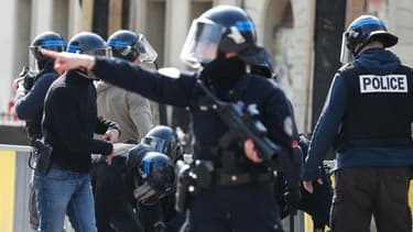 Image d'illustration - Policiers lors d'une manifestation des gilets jaunes à Rouen le 6 avril.